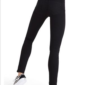 Madewell Black Roadtripper Jeans